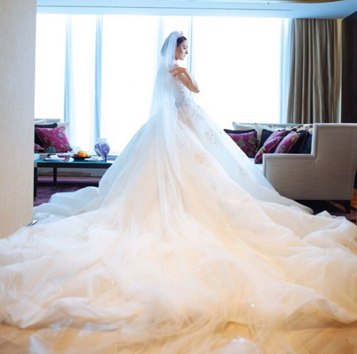 Nuttwarinthorn Ch wedding dress