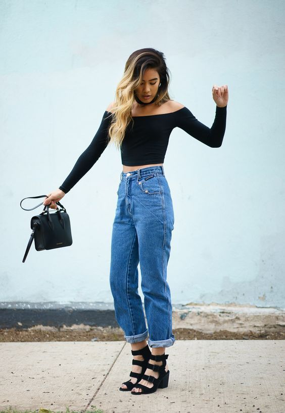 646241e972 35 Ways to Make Mom Jeans Look Cool