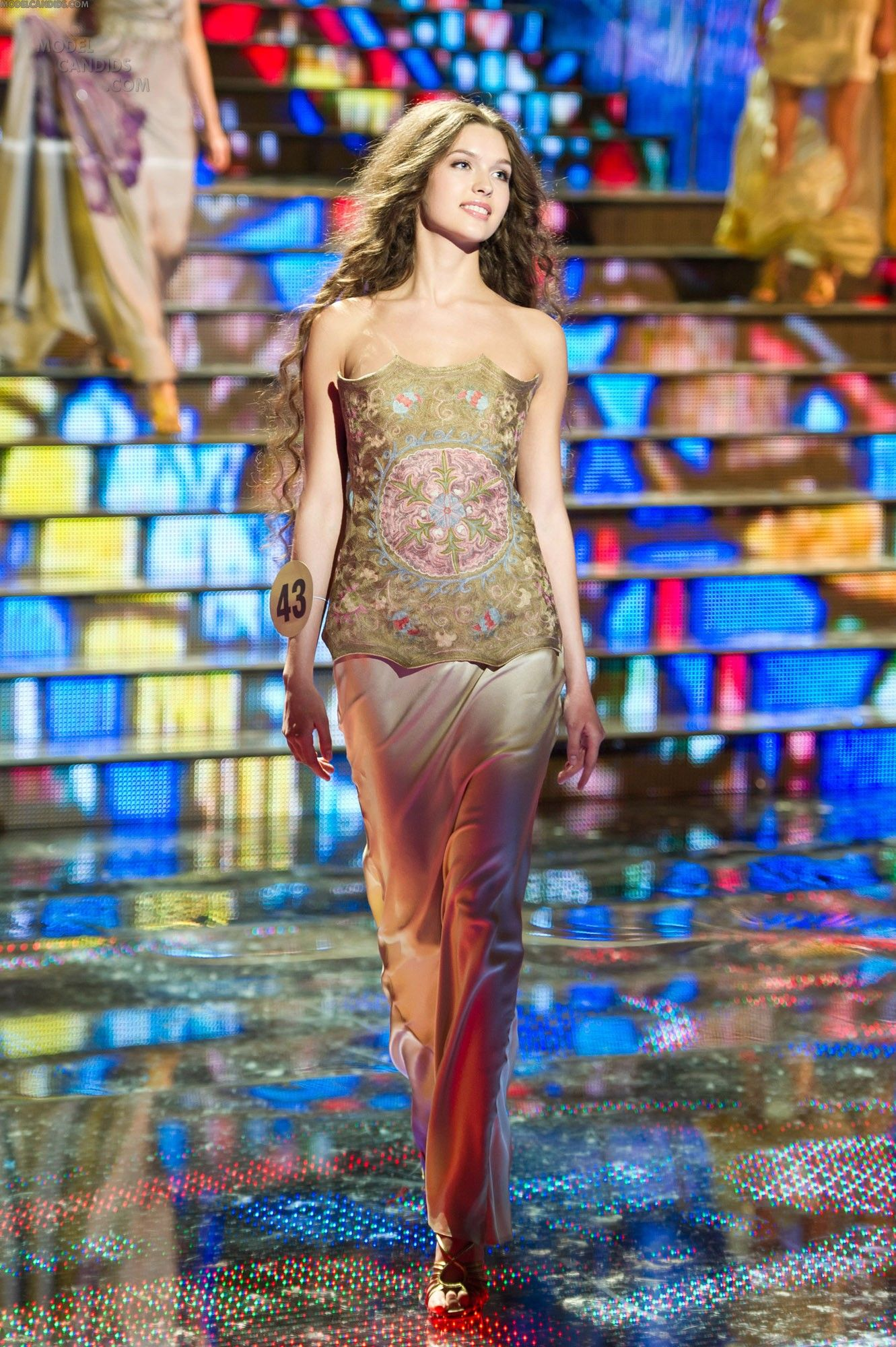 Elizaveta Golovanova - Miss Russia 2012 (26 photos and video)