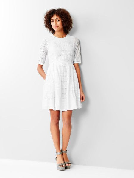 cff3c401f3 Gap Women s White Eyelet 3 4 Sleeve Fit   Flare Dress Size 8 Petite in  Clothing
