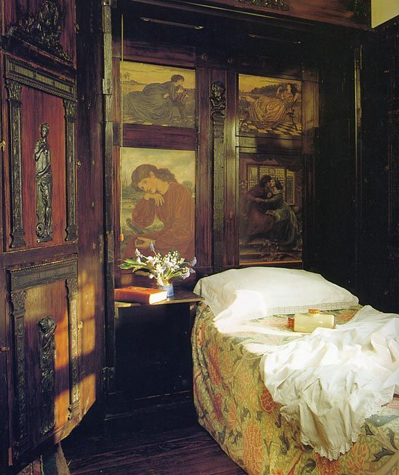 English Arts And Crafts Interior. Bedrooms Can Be Modern