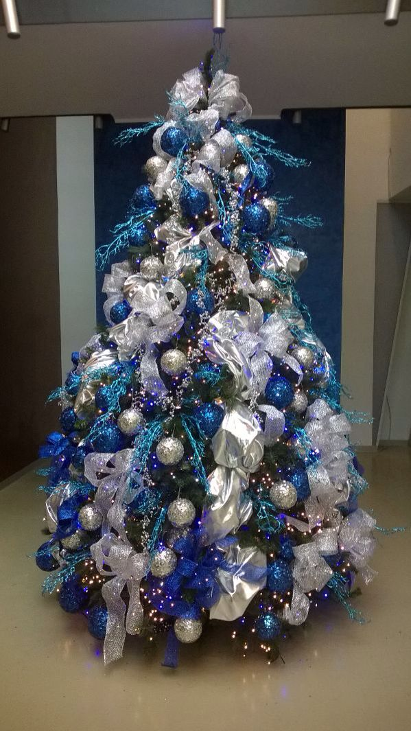 Silver Blue Tree Blue Christmas Tree Decorations Silver Christmas Tree Silver Christmas Decorations