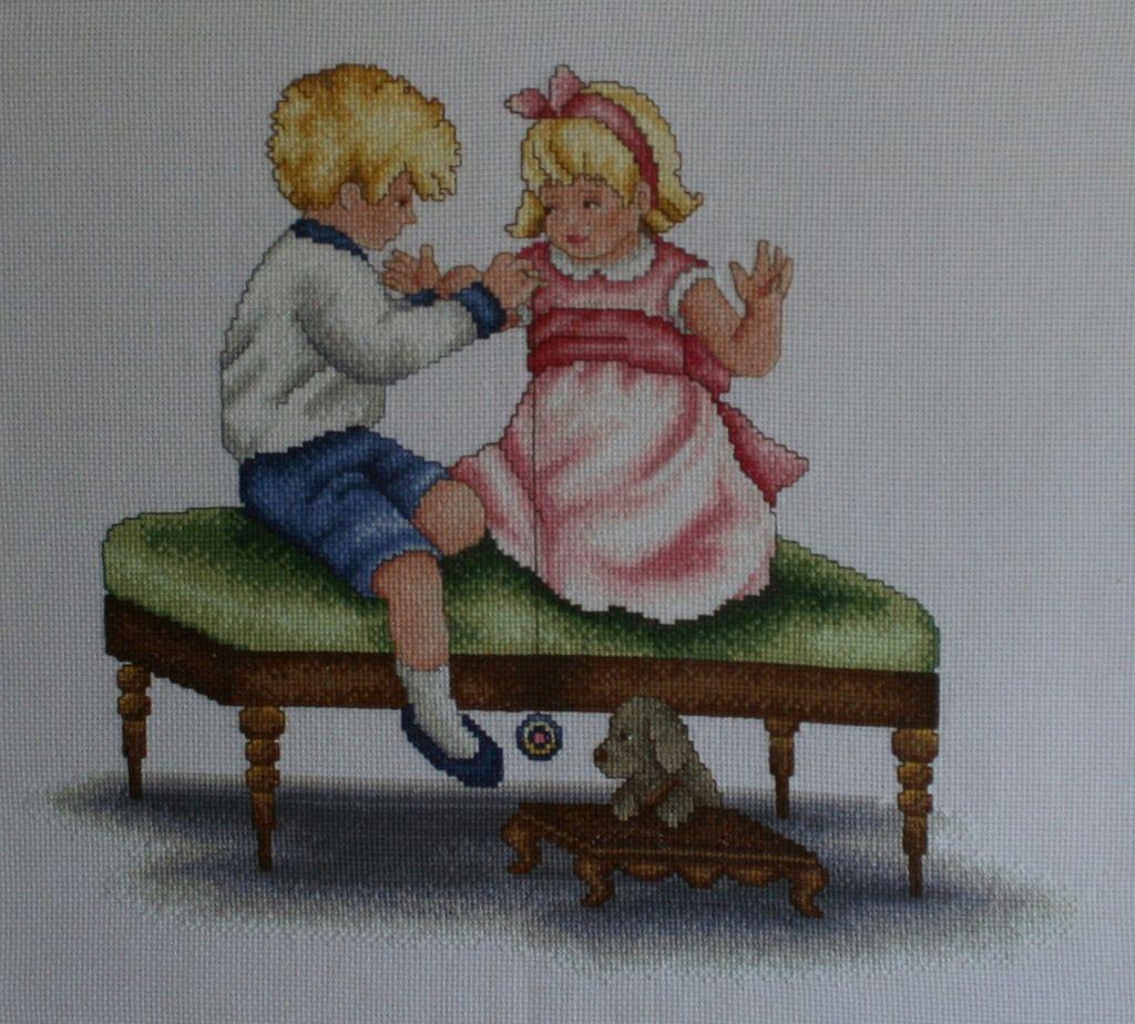 Niños jugando al Yoyo