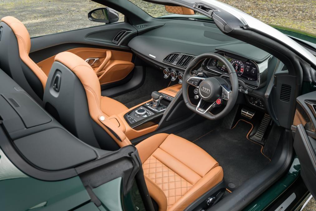 R8 Spyder Interior Audi R8 Spyder Convertible Sportscars Supercar
