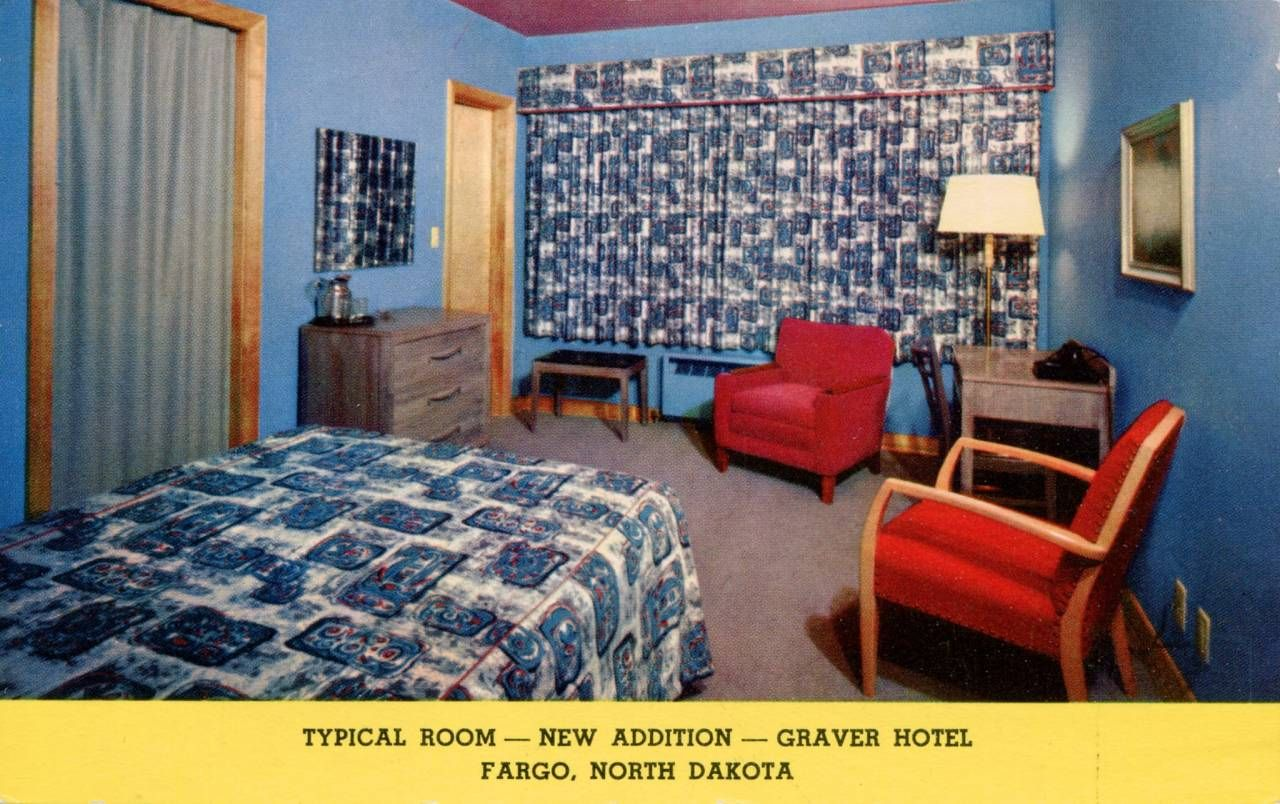 Postcards of Mid-Century Motel Rooms With Style