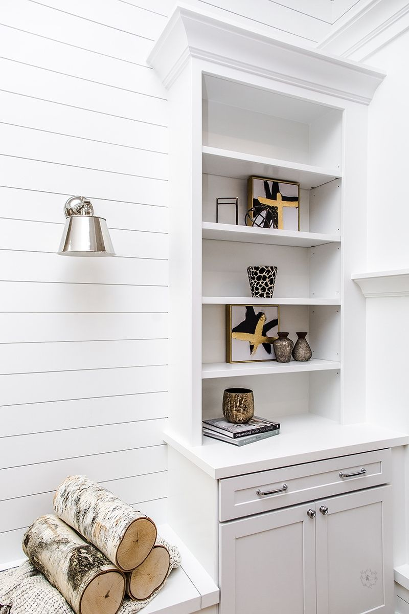 Shiplap walls with shelving | Oakstone Homes Houses | Pinterest ...