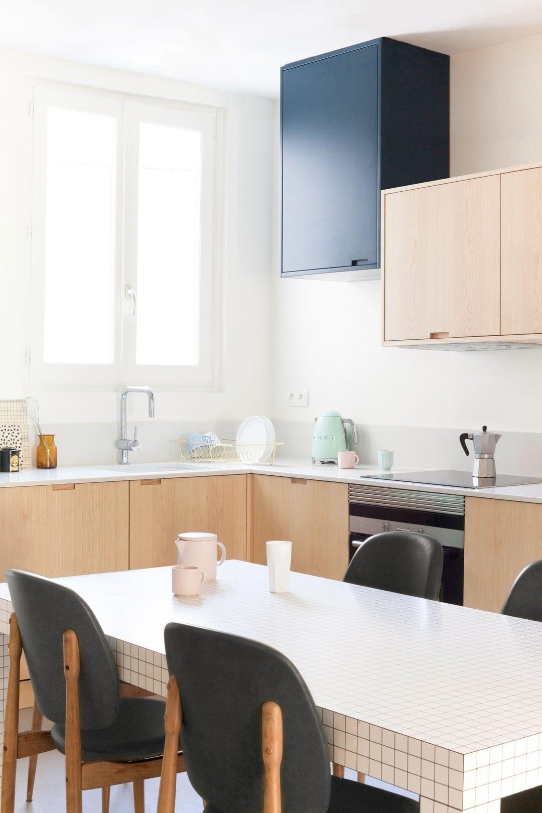 Modern Memphis Style In 2020 Simple Kitchen Design Home Kitchens Kitchen Design