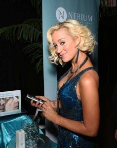 Kelly Pickler - Hollywood women are using NeriumAD
