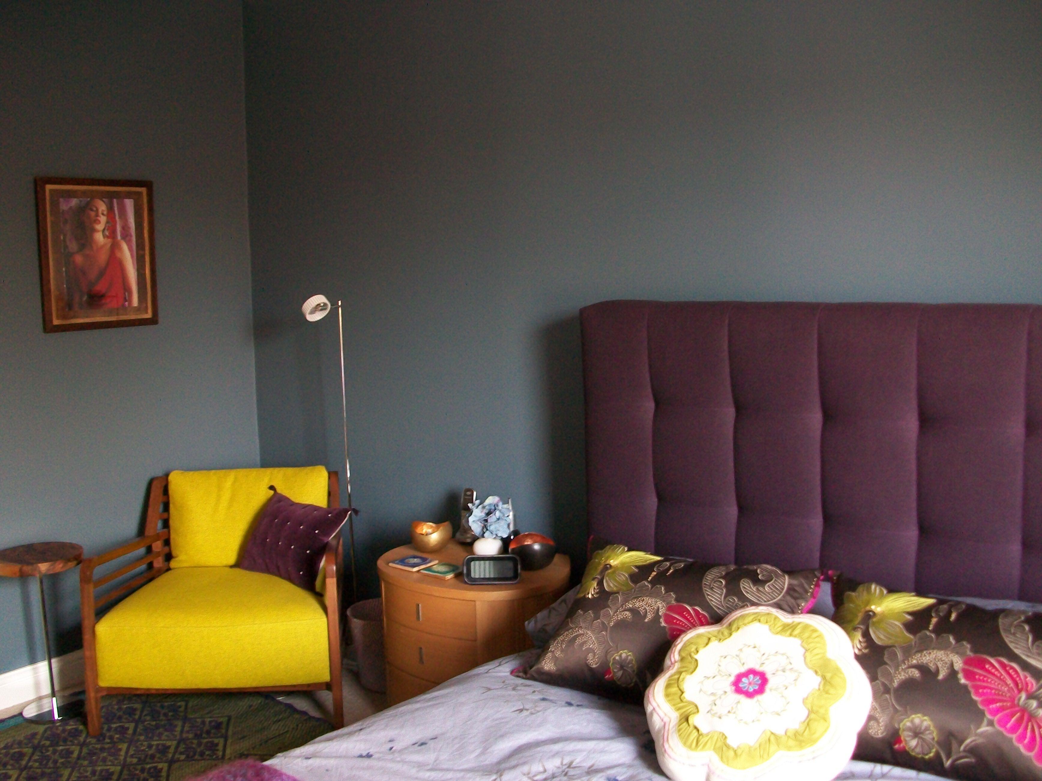 Blue bedroom dulux steel symphony 1 paint purple tufted for Blue green purple room