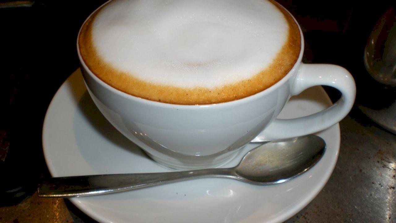 كيف أعمل رغوة الكابتشينو Coffee Latte Art Cappuccino Cappuccino Art
