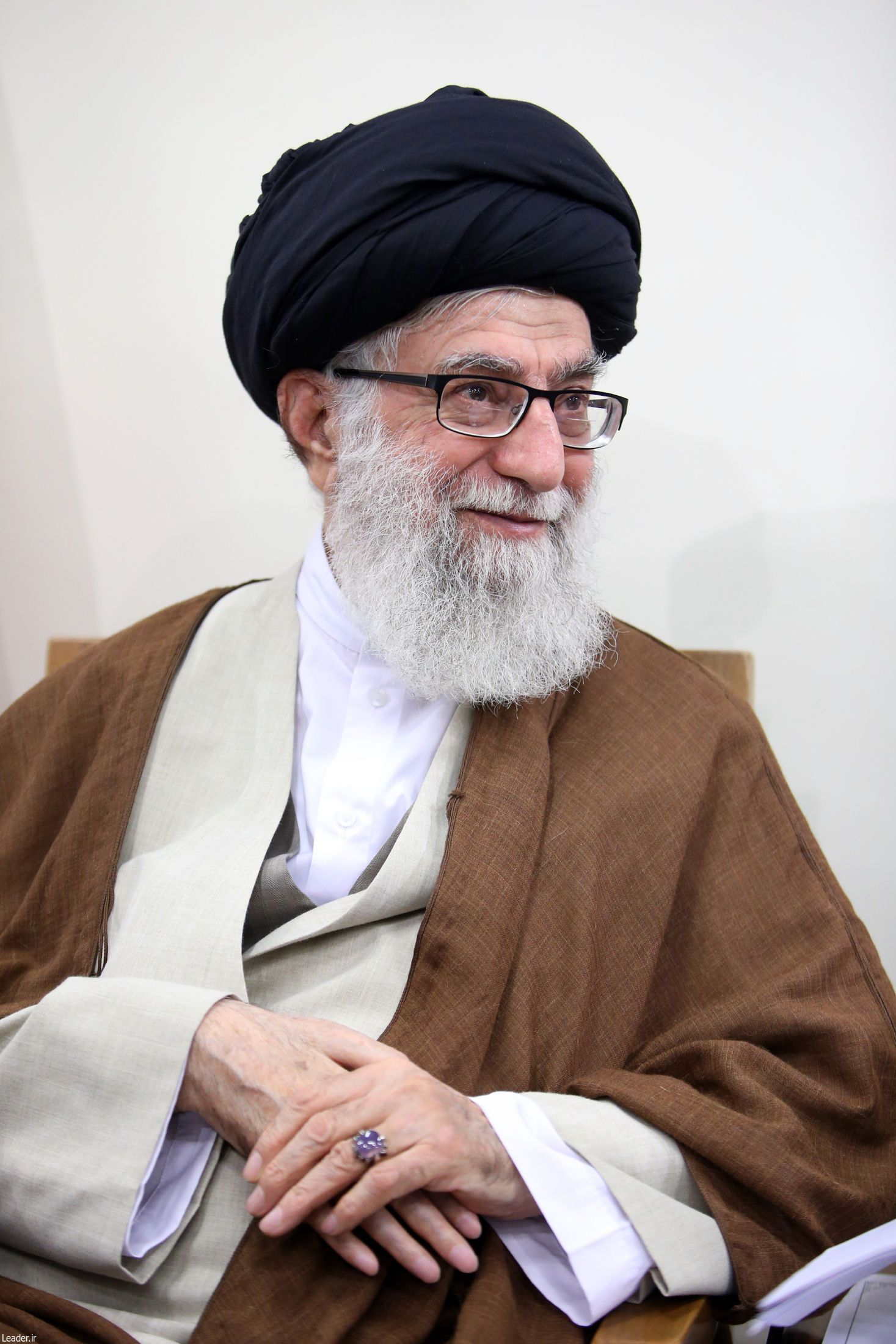 Pin By Samasama On Beauty Supreme Leader Of Iran Shia Islam Islamic Pictures