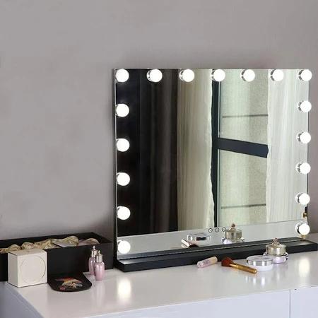 Miroirs Pour Coiffeuse Recherche Google Miroir Coiffeuse Miroir Maquillage Lumiere Del