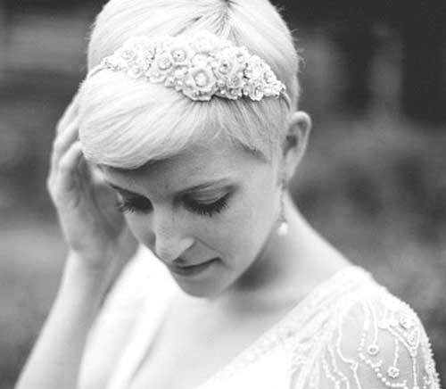 30 Best Pixie Wedding Hair