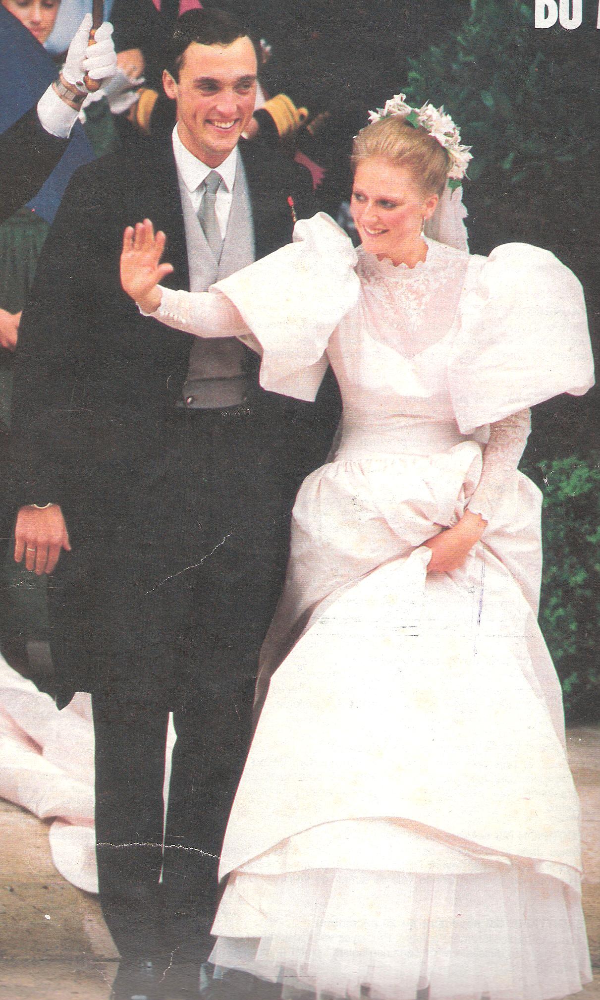 1984 Princess Astrid Of Belgium Archduke Lorenzo Of Austria Royal Marriage Bride Photo Bride [ 2018 x 1211 Pixel ]