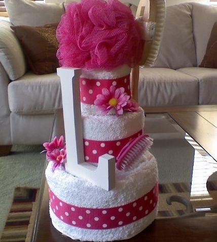 Towel cake pendaison de cr maill re pinterest cremaillere cadeau cr maill re et cadeau - Cadeau de cremaillere ...