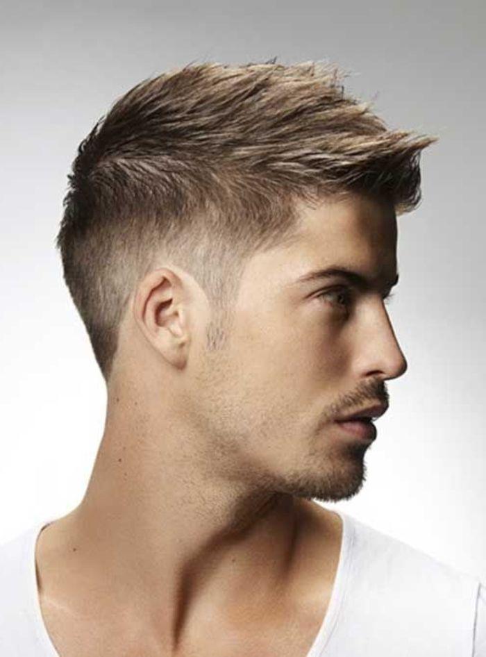 Préférence Comment choisir une coupe de cheveux homme? 50 idées en photos  VF94