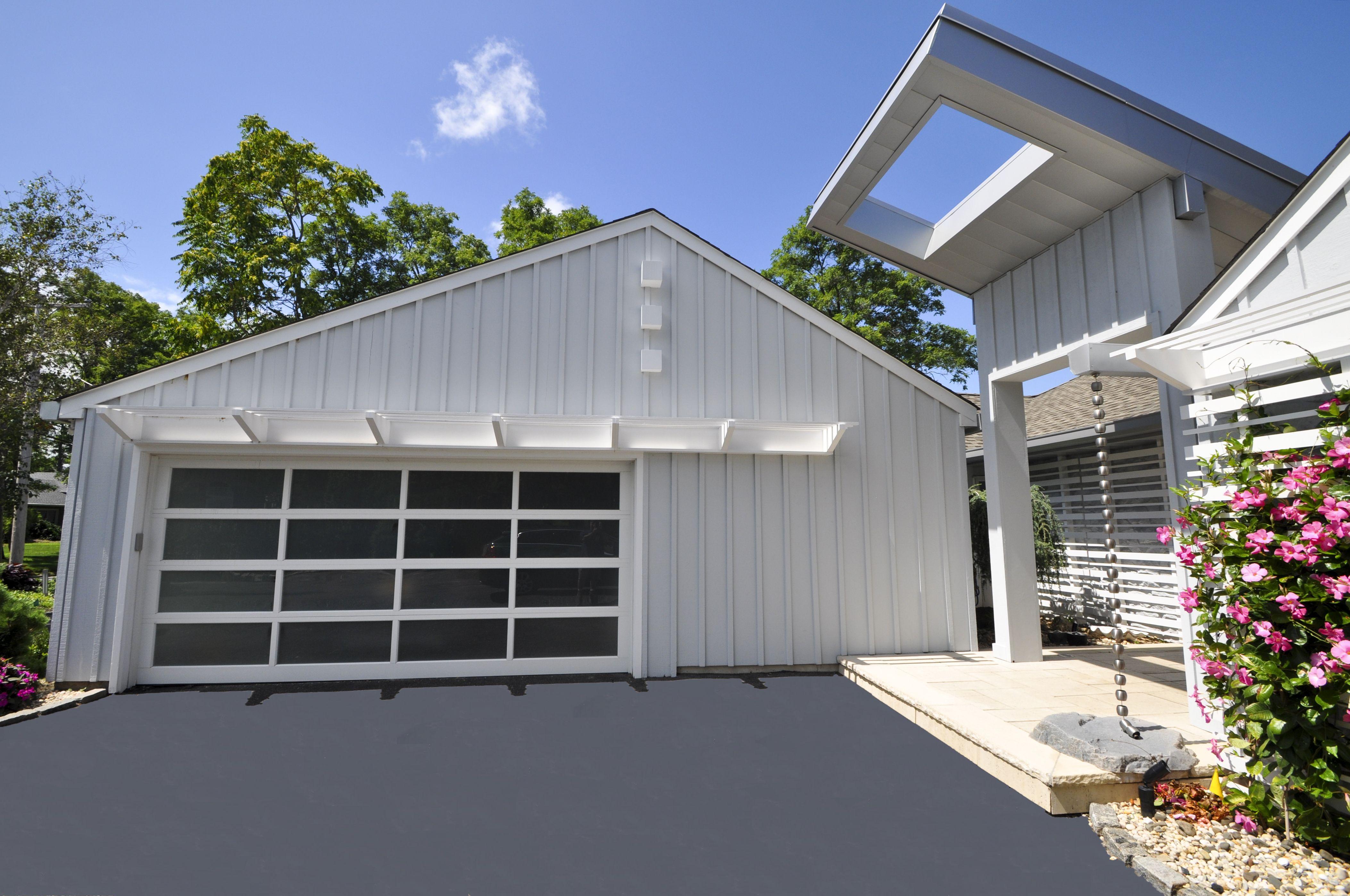 Black Modern Garage Door With Windows Porte De Garage Noire Avec