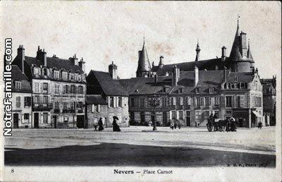 Cartes Postales Photos Place Carnot 58000 NEVERS nièvre (58)