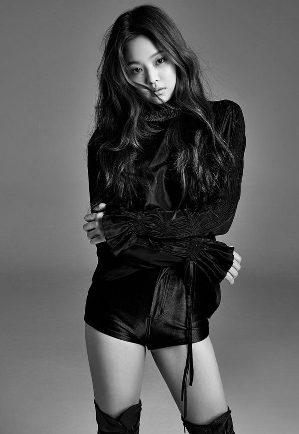 Sexy jisoo in black and white photo shoot http skpopnews com