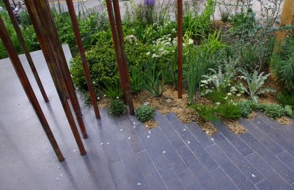 the chelsea flower show paving ideas for your garden growing nicely