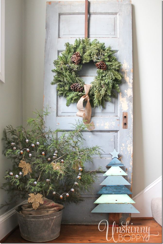 Gorgeous Rustic Christmas Decor Tree In A Galvanized Bucket Chippy Old Door With