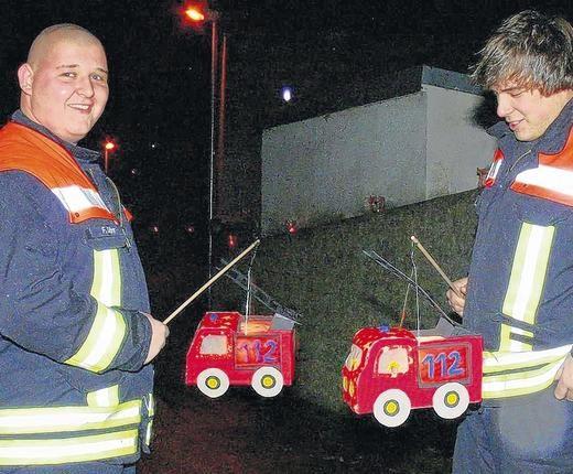 Passende Laternen Für Die Feuerwehr Feuerwehrauto Basteln