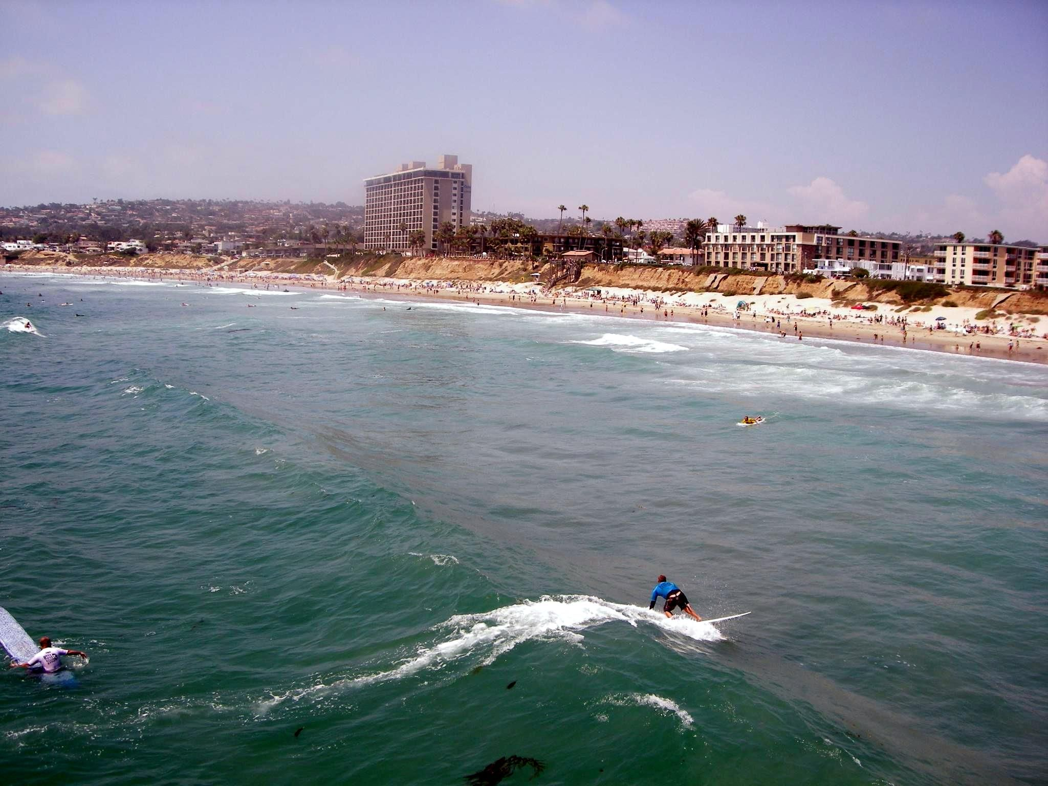 San Diego Surf Report Sunday July 13 1 2 Ft Knee To Thigh High Occ 3 Ft Fair Conditions San Diego Living Pacific Beach San Diego San Diego Neighborhoods