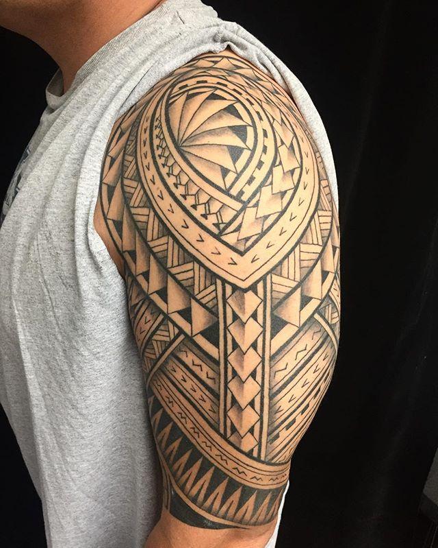 "Genevieve (huahine_tattoo) no Instagram ""Healed on Joey"