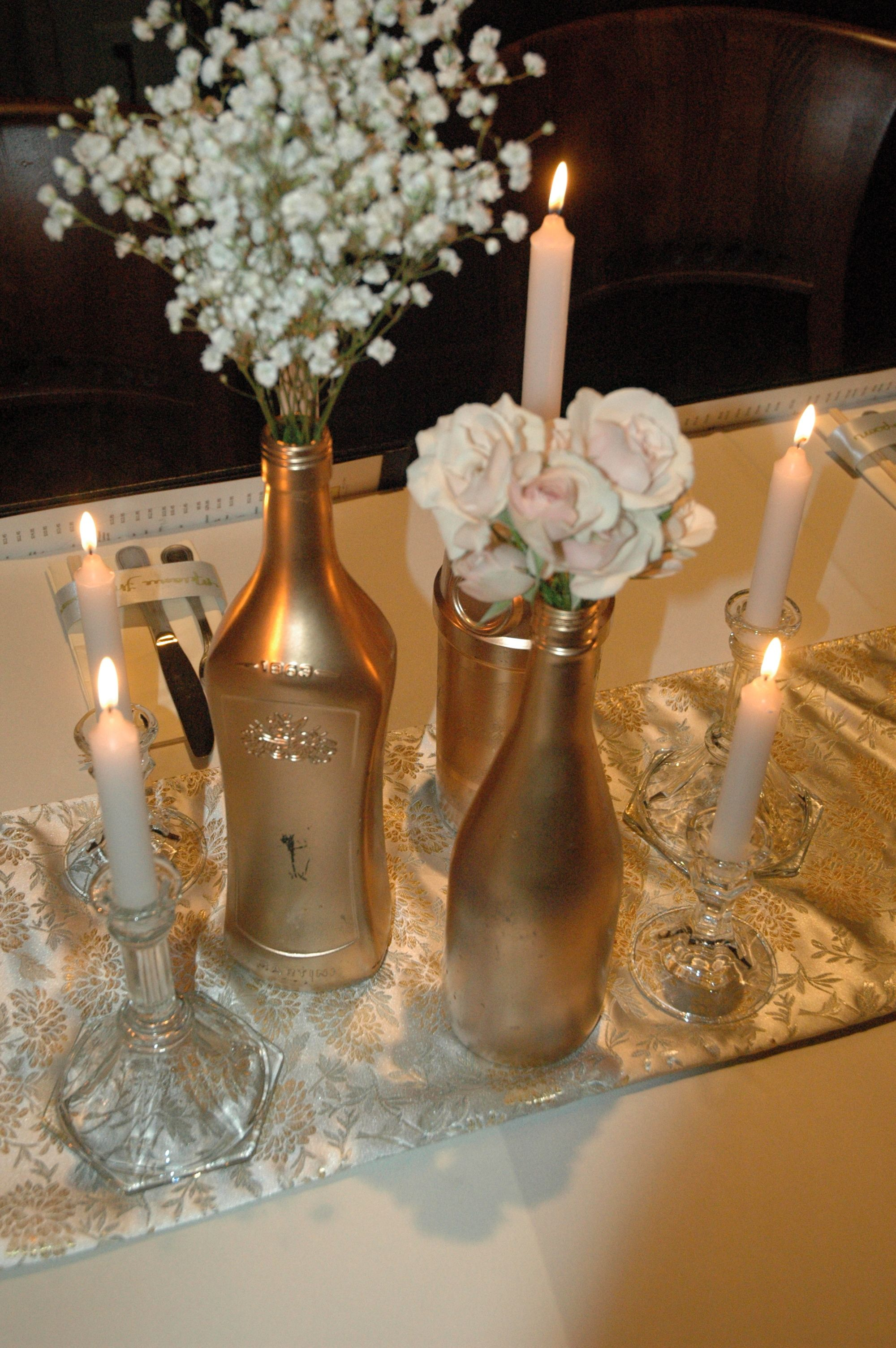 gold vases diy wine bottle painted wine bottles wedding ceremony. Black Bedroom Furniture Sets. Home Design Ideas