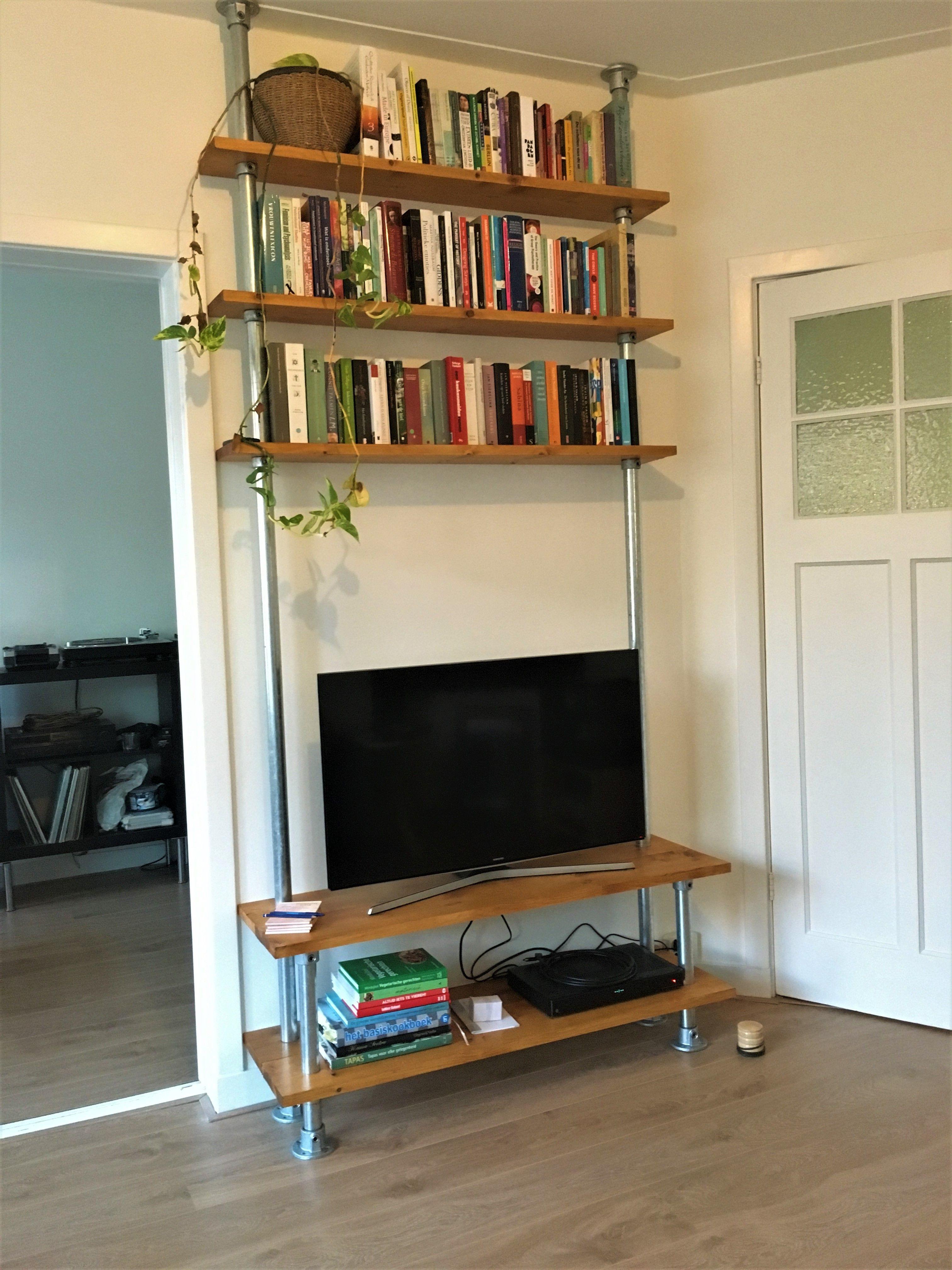 Steigerbuis TV meubel en boekenkast | Wonen - Steigerbuis en ...