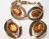 Vintage Amber Glass Rhinestone Jewelry Set Bracelet Earrings Gold Tone 415DG