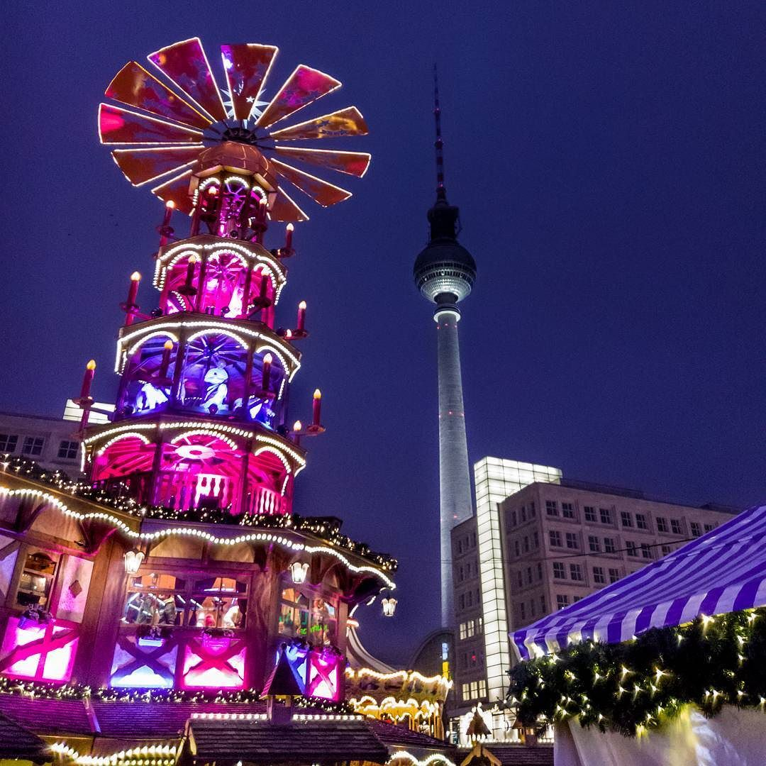 Berlin Xmas Berlin Xmas Christmas Light Christmasmarket Alexanderplatz Tvtower Fernsehturm Berlinbreeze Colors Instagram Posts Instagram My Photos