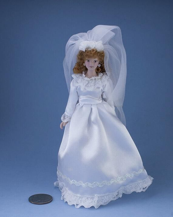 Beautiful 1:12 Scale Dollhouse Miniature Porcelain Bride Doll in White Satin Wedding Dress & Veil #S #bridedolls
