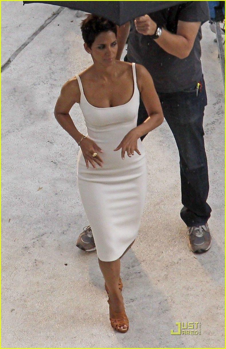 Halle Berry is Revlon Radiant | halle berry revlon commercial 02 ...