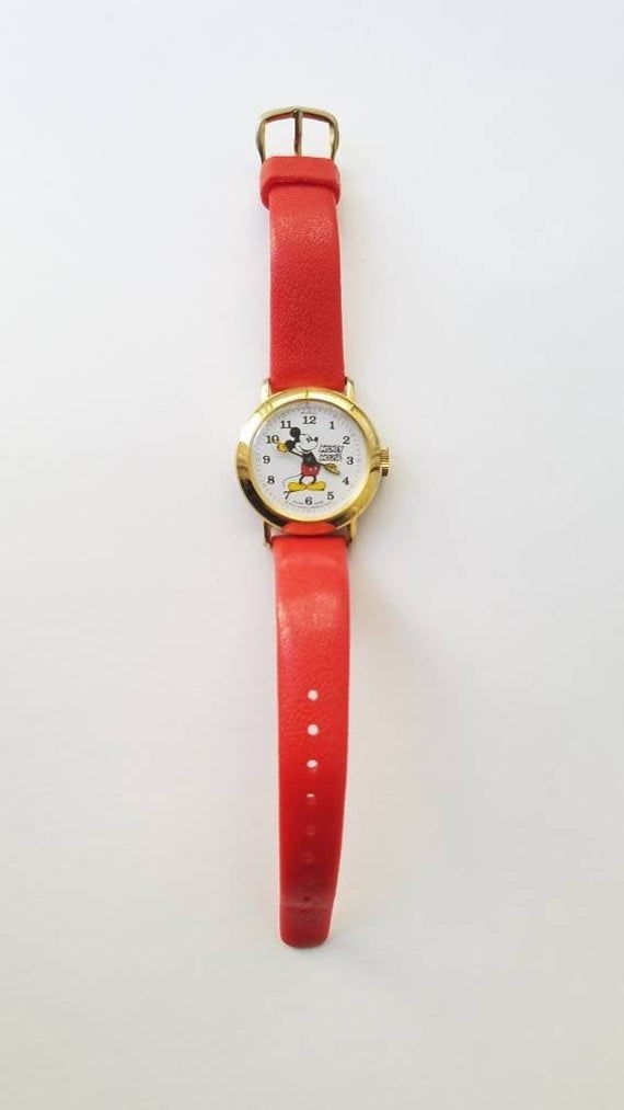Vintage Mickey Mouse Red Wrist Watch by Bradley In Excellent Condition 1980's #disneylandfood