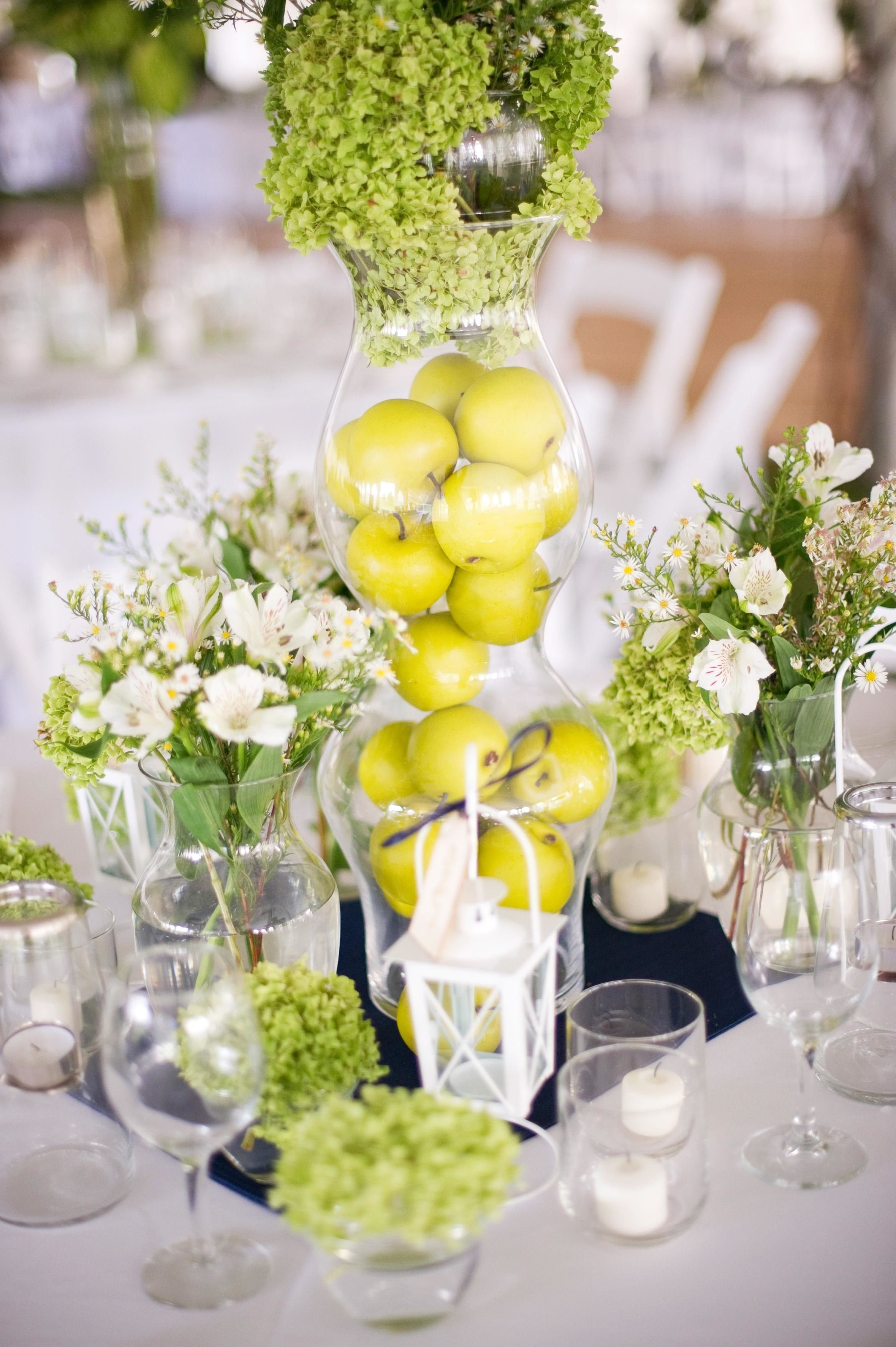 25 Wedding Centerpieces With Fruit And Other Fresh Ingredients