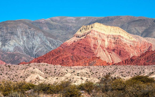 Quebrada de Humahuaca Valley, Argentina: Here is a narrow valley in the province of Jujuy, northwestern Argentina. It is surrounded by towering mountains and crossed the Rio Grande tops. In 2003, the valley is recognized as World Heritage by the striking landscape, characterized by colorful hills.
