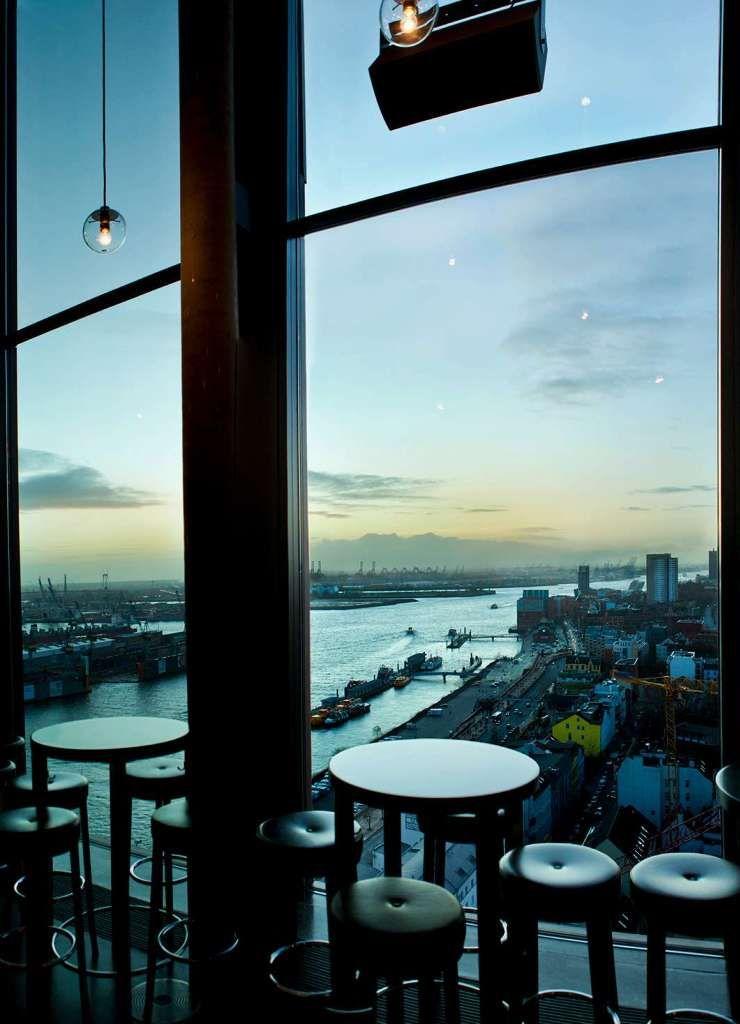 Skyline Bar 20up Empire Riverside Hotel Hamburg Germany