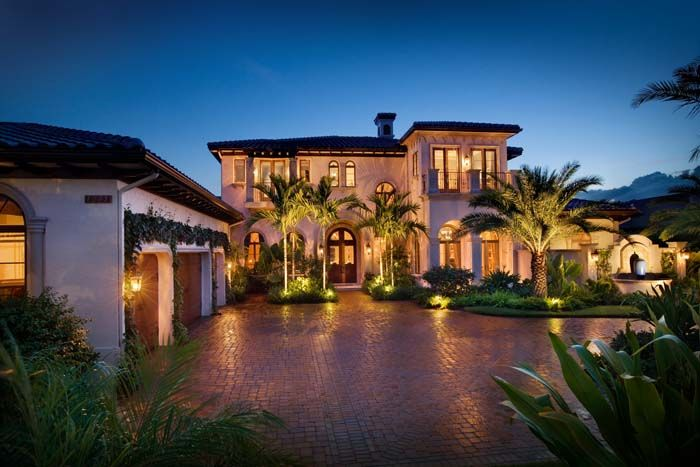 Beautiful Exterior Home Features Http Www Mainstreamhi Com