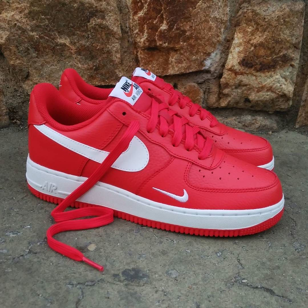 san francisco 33cf1 cc516 Air Force 1 Low Mini Swoosh