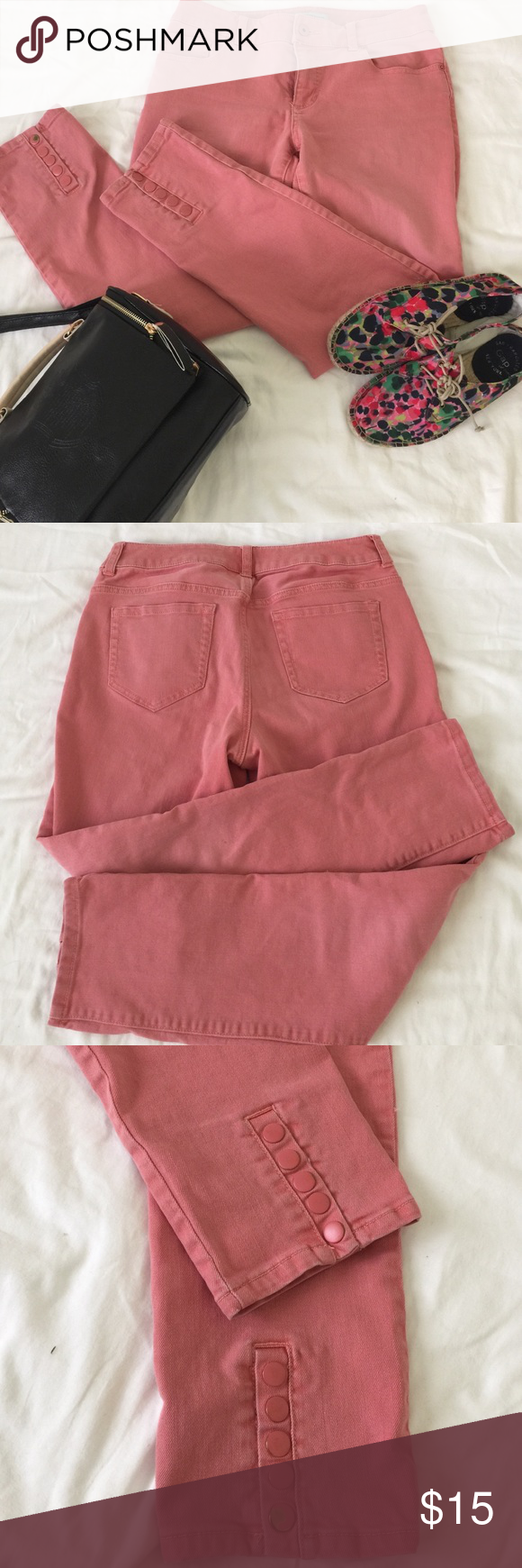 Great fitting rose colored jeans w/snap closure Snaps can be undone to make putting on easier! some color on the snap has chipped off and 1 tiny dot stain as pictured. Cotton w/2% spandex for a great fit 26 inseam on this cropped pant looks great w/heals! Chicos size 0 fits 6 Chico's Pants Ankle & Cropped