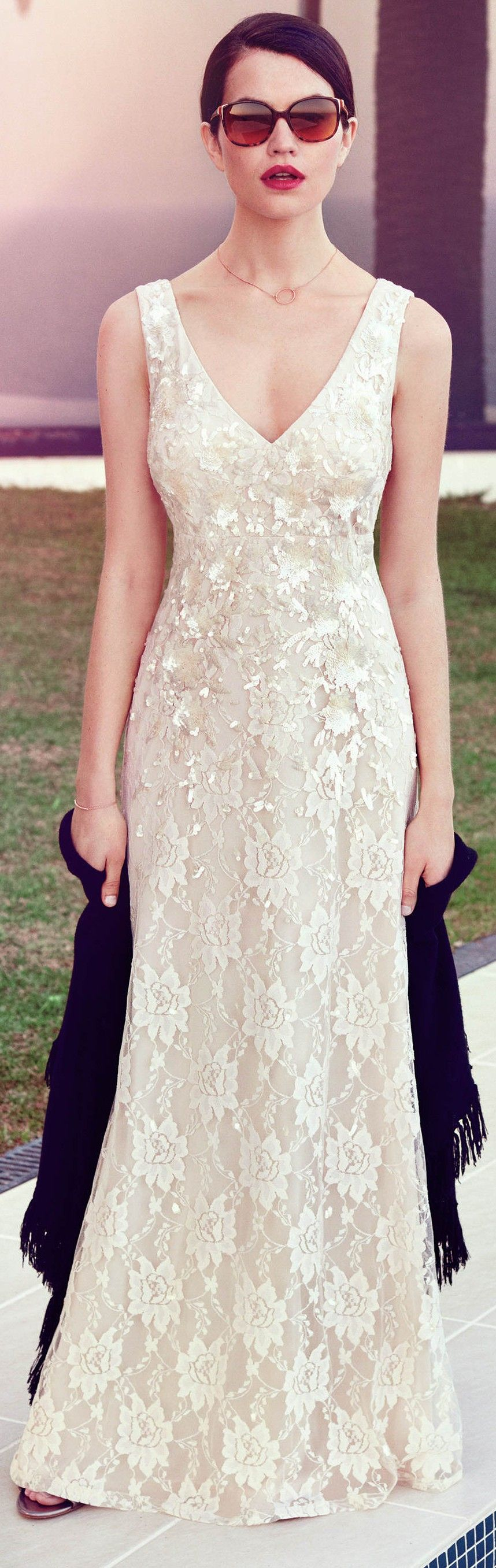 Casual wedding dresses for indie brides. Read article here: http ...