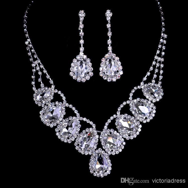 Expensive Jewellery Set - Thetxo.com