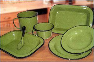 Peltre verde aguacate utensilios pinterest china - Vajilla shabby chic ...