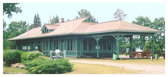 alden michigan old train station new paint & alden michigan old train station new paint | trains depots and ...