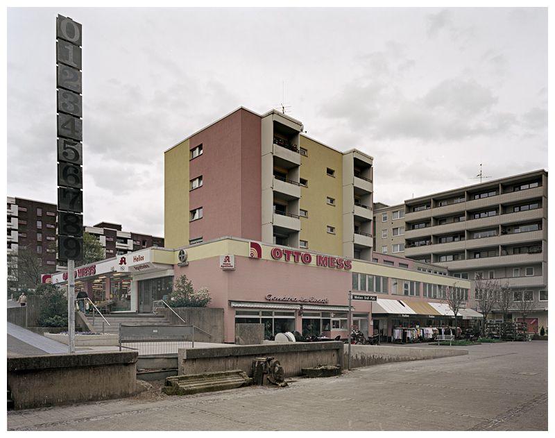 Garath Nikolaus Gross Platz Siedlung