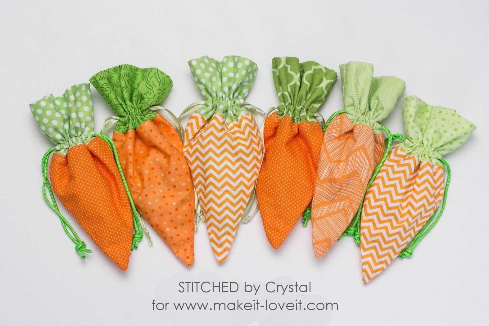 Sew a diy carrot treat bag for easter via makeit loveit 21 easter sewing projects to make the season festive negle Choice Image
