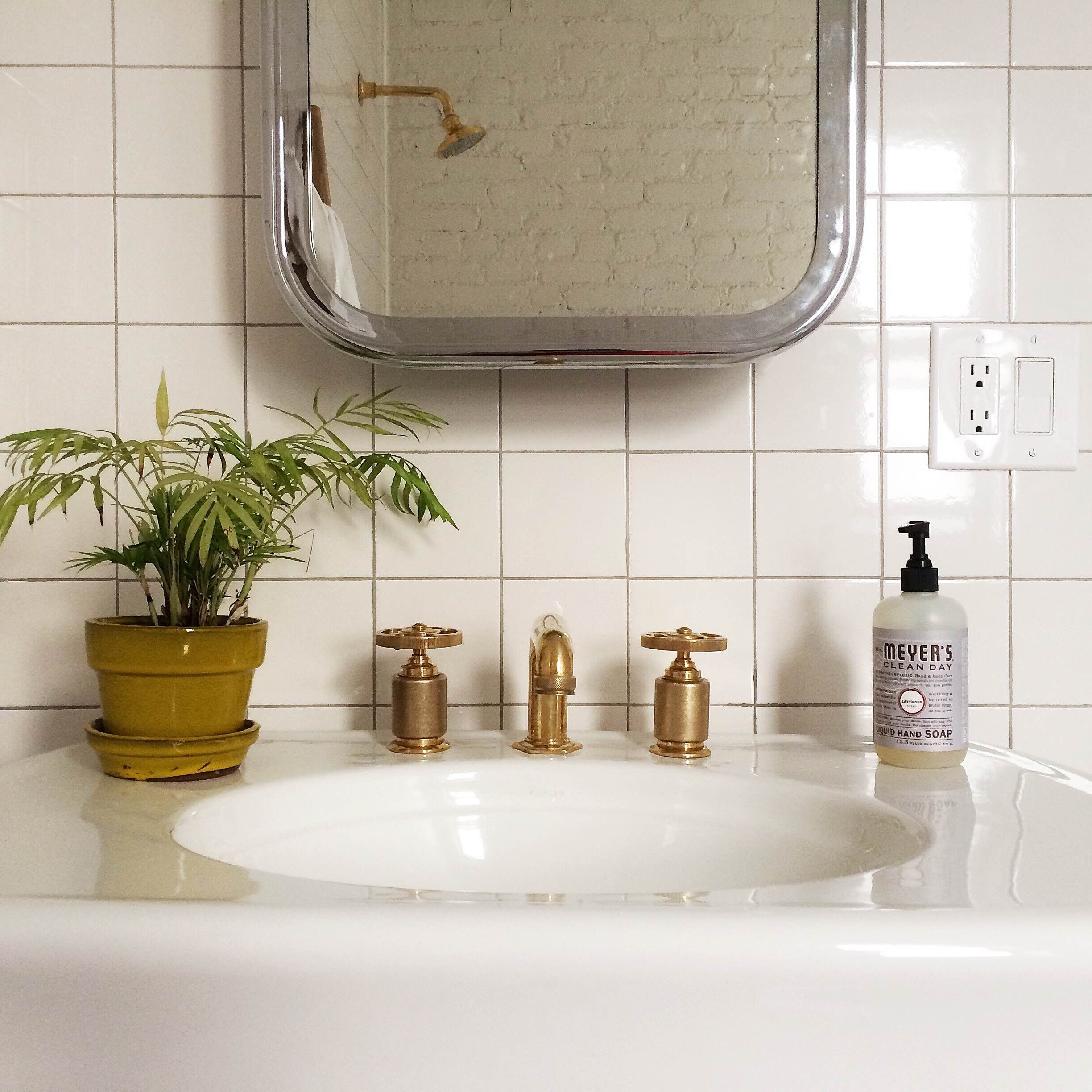 Brass Bathroom Hardware By Roman U0026 Williams For Waterworks.
