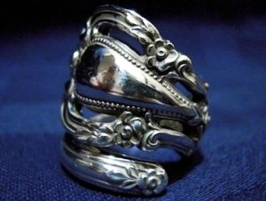 spoon ring....sooo ive been obsessing lately over these