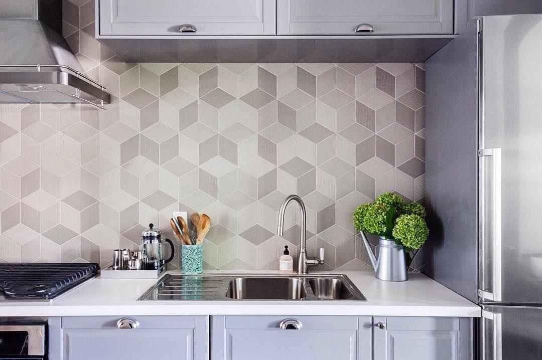 These Backsplash Tiles Are Hypnotizing We Re Seeing Cubes Geometric Kitchen Unique Kitchen Backsplash Kitchen Tiles Backsplash